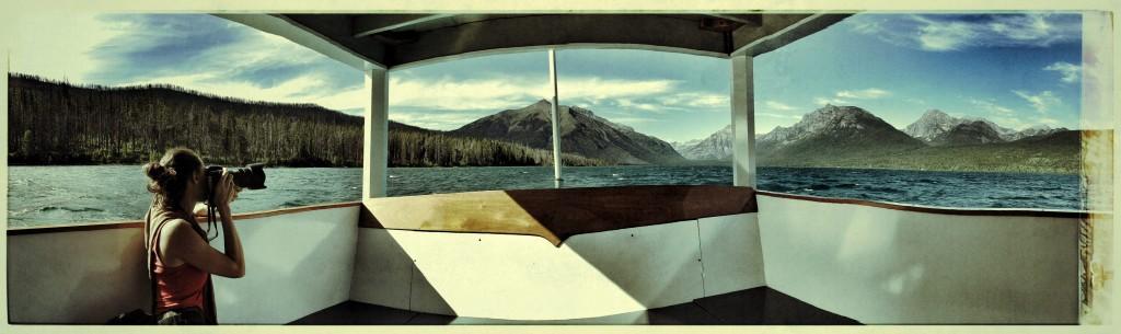 Kar-GlacierBoat